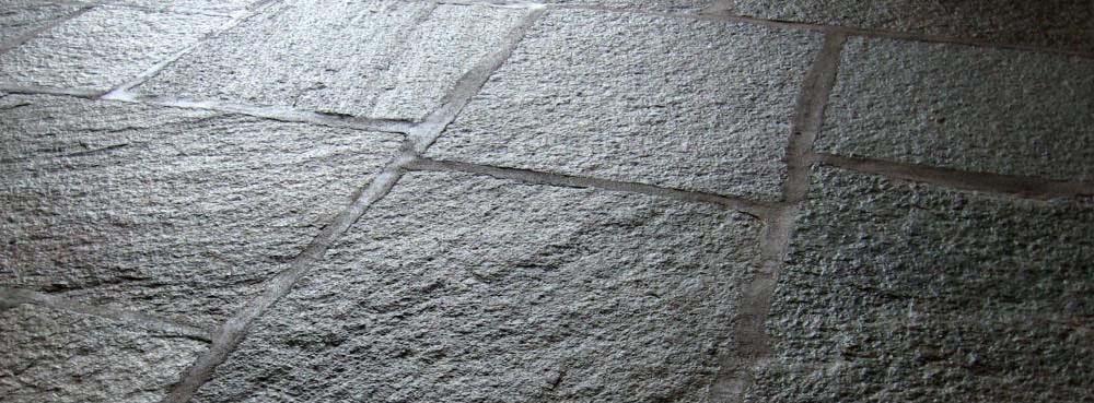 Casalucci Srl vi offre servizi di Pavimenti in pietra Colonne Di San Lorenzo Milano